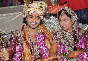 Ashish-Sharma-Archana-Taide-dugun